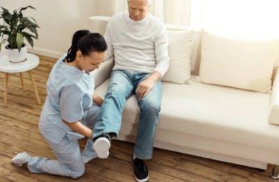 En ocasiones, la hemiparesia es un efecto secundario del accidente cerebrovascular.