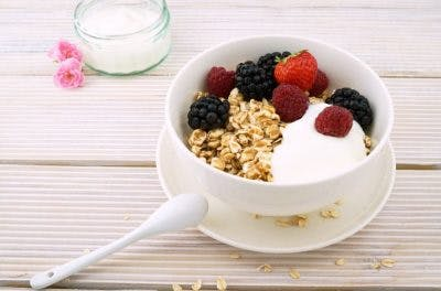 oatmeal helps reduce cholesterol and prevent stroke