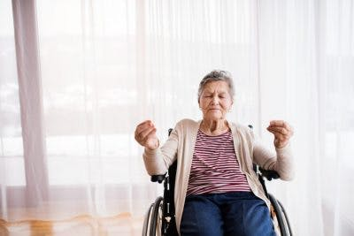 stroke patient visualizing shoulder exercises to improve shoulder pain after stroke
