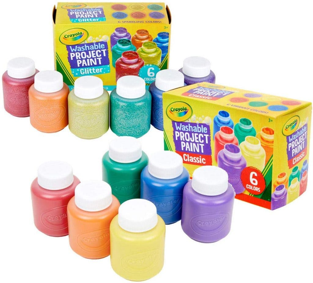 paint set to promote creativity in children with cp