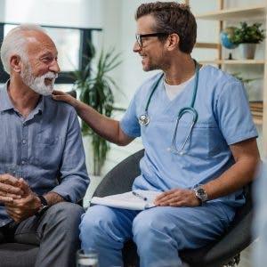 psychologist providing psychological care after stroke