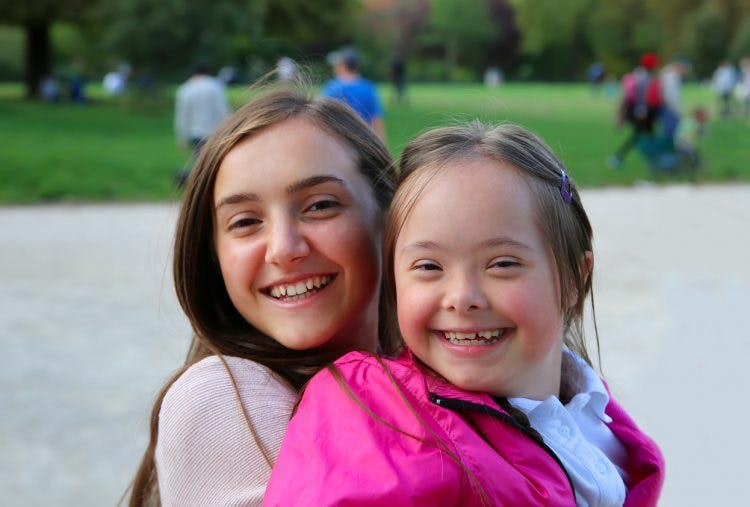 differences between cerebral palsy and down syndrome