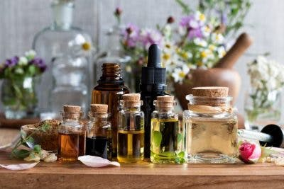 essential oils for treating vomiting after head injury
