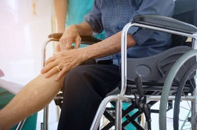 leg pain after spinal cord injury nerve damage