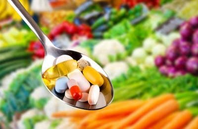 spoon full of vitamins to prevent stroke after head injury