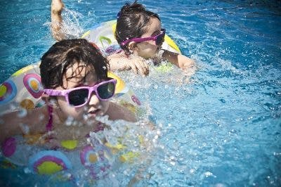 children with cerebral palsy swimming