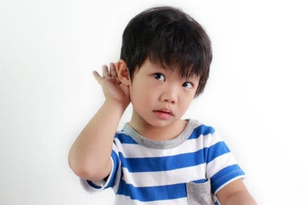 child with cerebral palsy experiencing hearing loss