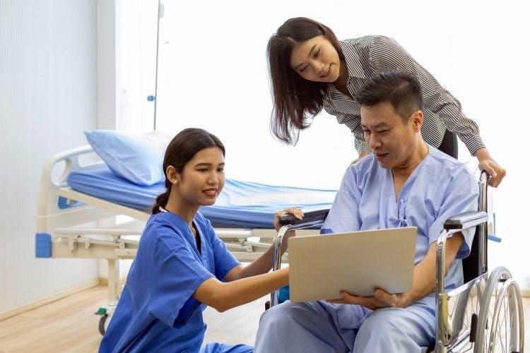 nurse explains brain damage recovery chances to tbi patient